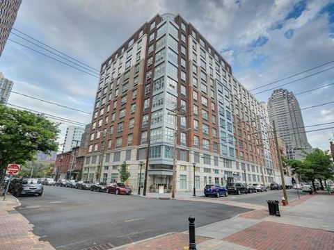 120 York St, Jersey City, NJ 07302. Apartment For Rent