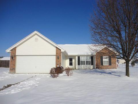 Photo of 8676 Sweetbriar Ct, Carlisle, OH 45005