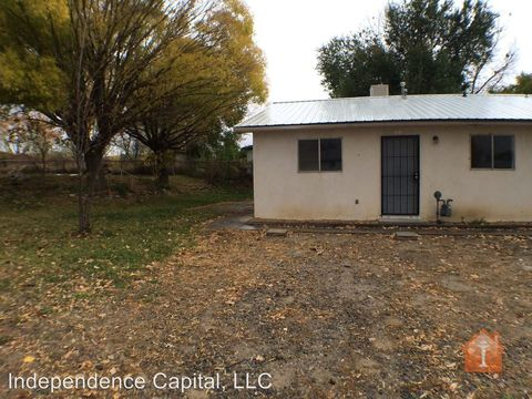 Photo of 1406 Saiz Rd, Bloomfield, NM 87413