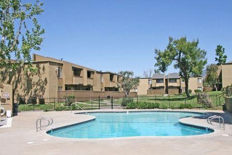 Photo of 1700 E Date St, San Bernardino, CA 92404