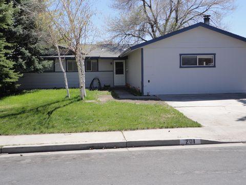 201 W Applegate Way, Carson City, NV 89706