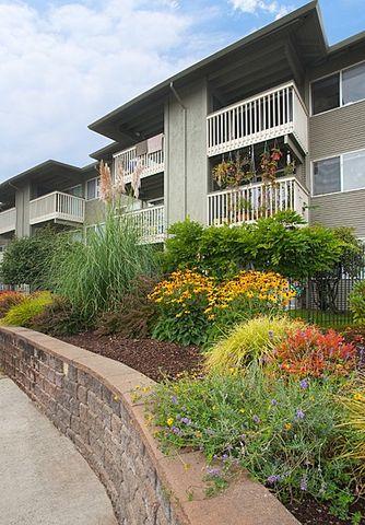 Photo of 2 W Casino Rd, Everett, WA 98204