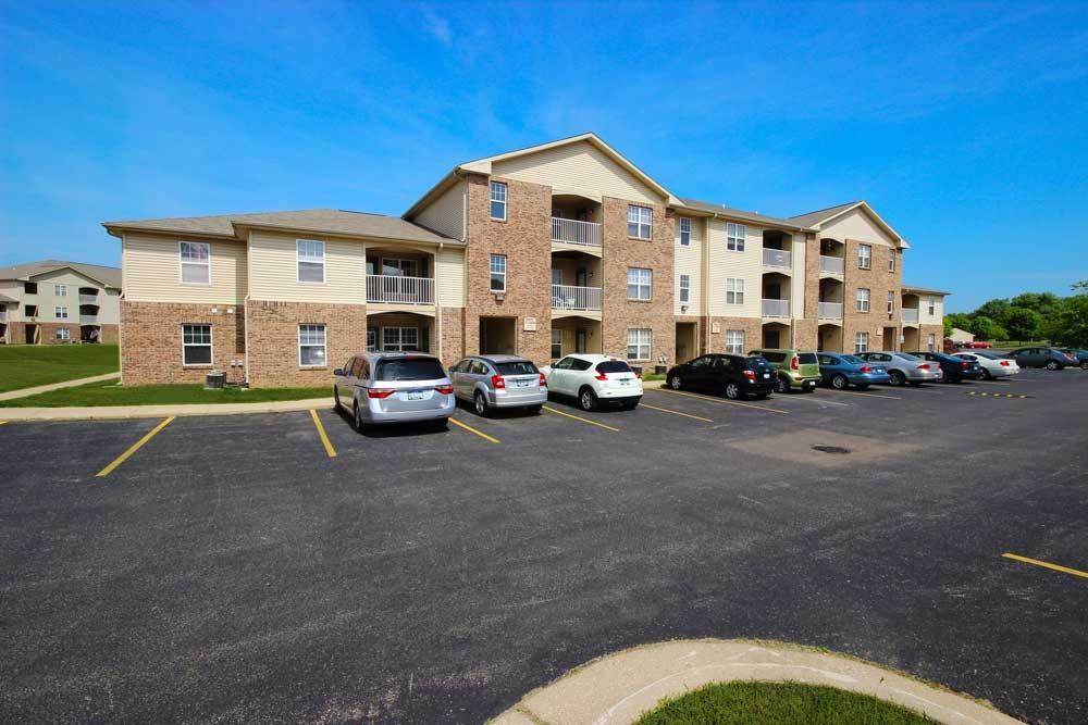 Canterbury House Apartments - Kalamazoo