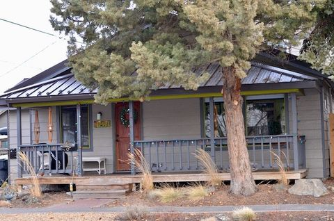 Photo of 126 Nw Chamberlain St Unit 1, Bend, OR 97703
