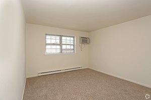 One Bedroom at Butler Ridge 1581-1611 Route 23 Butler NJ ...