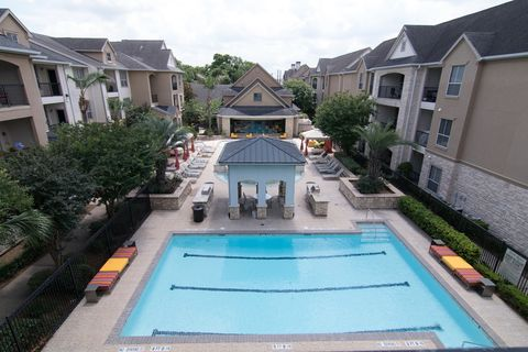 Photo of 5510 S Rice Ave, Houston, TX 77081