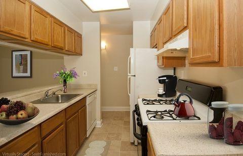 1704 Lafayette Blvd, Fredericksburg, VA 22401