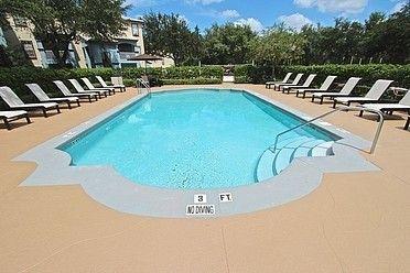 Photo of 13400 Arbor Isle Dr, Tampa, FL 33637