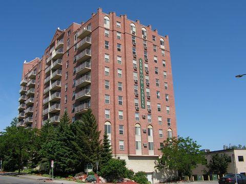 Photo of 700 Douglas Ave, Minneapolis, MN 55403