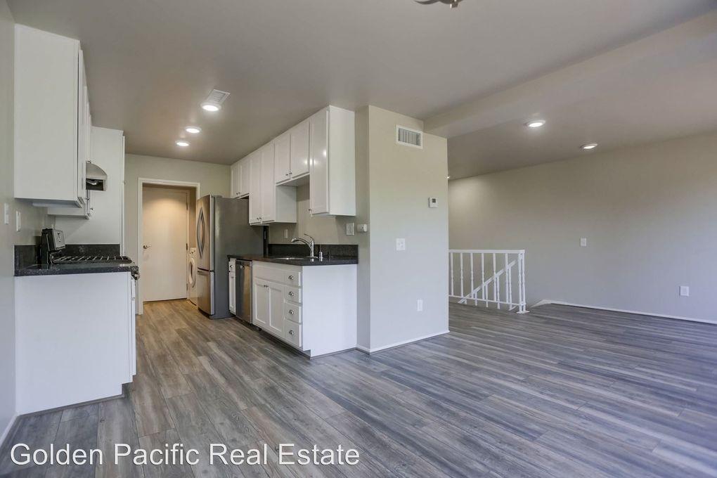 4262 Mesa Vista Way Unit 3, Oceanside, CA 92057