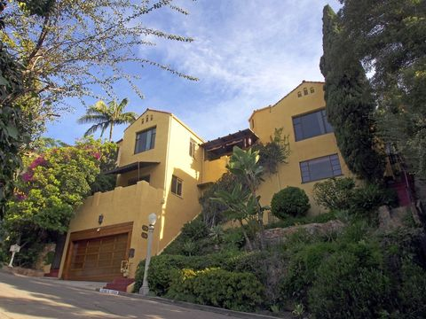 west hollywood ca condos townhomes for rent