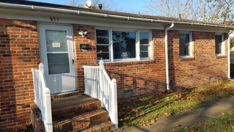 Photo of 855 27th St, Newport News, VA 23607