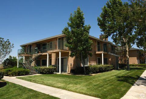 Photo of 16950 Jasmine St, Victorville, CA 92395