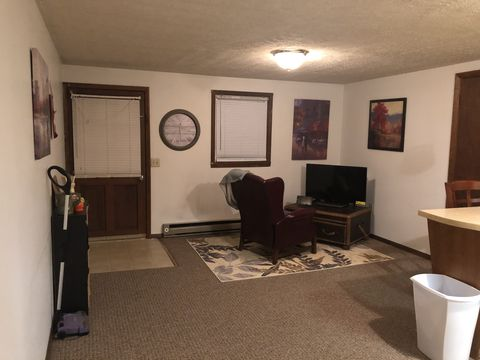 Photo of 108 E Buck Ave Apt B, Rural Retreat, VA 24368