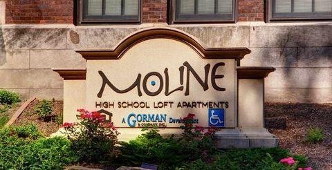 Photo of 1001 16th St, Moline, IL 61265