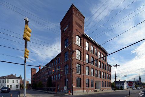 Photo of 75 S Union St, Pawtucket, RI 02860