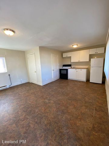 Photo of 3830 W 6th St, The Dalles, OR 97058