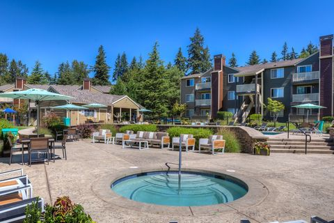 Photo Of 11110 Forbes Creek Dr Kirkland Wa 98033 Apartment For Rent
