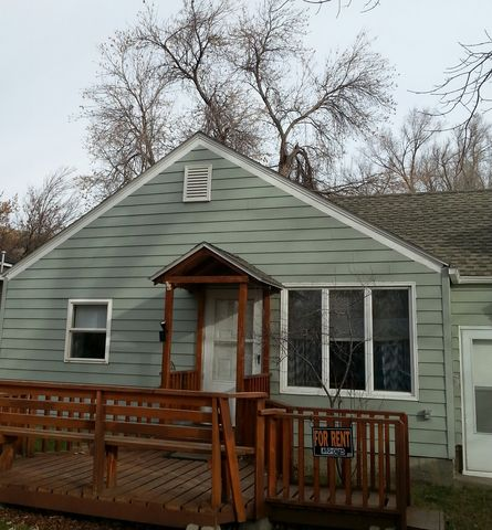 1033 N 24th St, Billings, MT 59101