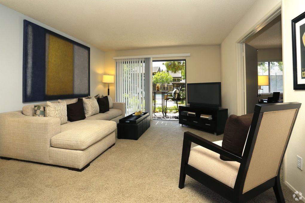 Pinecreek Village Apartments Costa Mesa