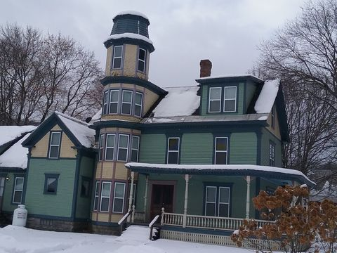 Photo of 260 Main St # 2, Proctorsville, VT 05153