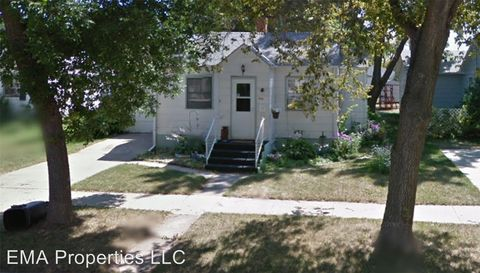 Photo of 514 W 3rd St, Webster, SD 57274