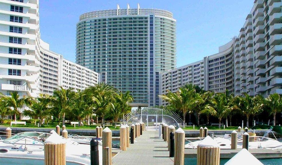 1600 Pennsylvania Ave Miami Beach Fl 33139