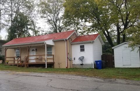 Photo of 215 Jefferson St, Winchester, KY 40391