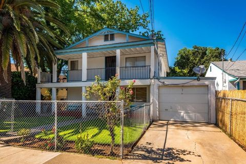 Photo Of 4525 11th Ave Sacramento Ca 95820 House For Rent
