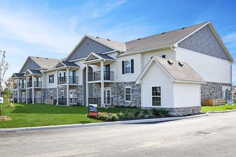 7086 Crown Lake Dr, Reynoldsburg, OH 43068