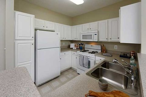 Basement For Rent In Rockville Md condo for rent - 24 courthouse sq apt 303, rockville, md 20850