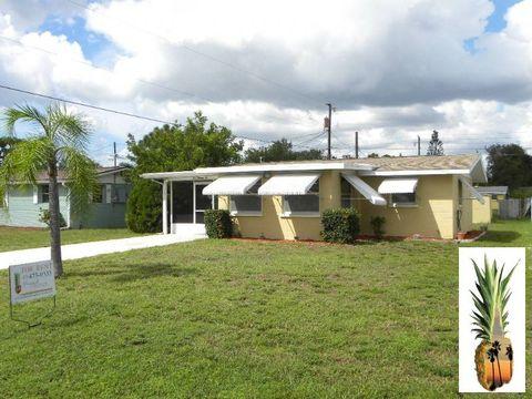 310 E Green St Englewood FL 34223