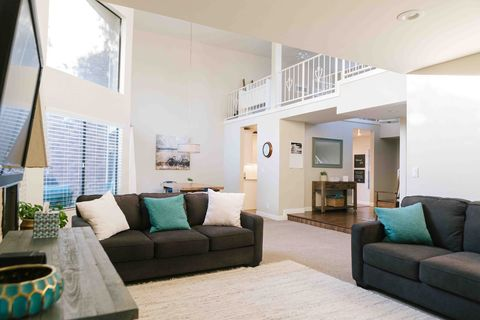 los angeles ca condos townhomes for rent