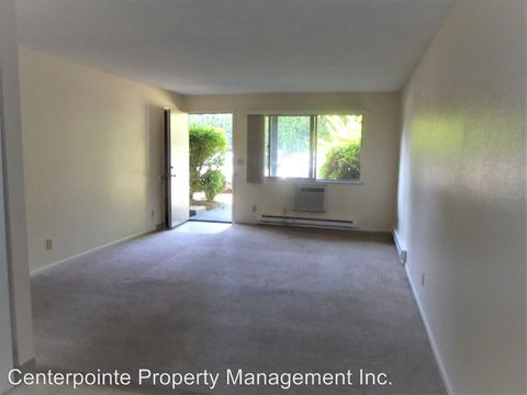 Photo of 432 W Umpqua St, Roseburg, OR 97471