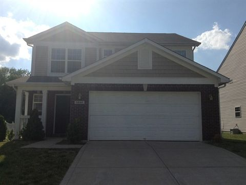Photo of 5846 Long Lake Ln, Indianapolis, IN 46235
