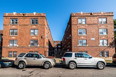 Photo of 4814 W Monroe St, Chicago, IL 60644