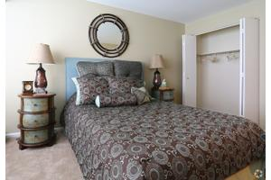 Apartments for Rent at Woodmill Apartment Homes - 1300 S Farmview ...