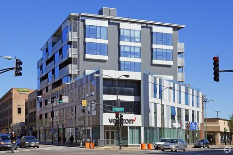 Photo of 1237 N Milwaukee Ave, Chicago, IL 60622