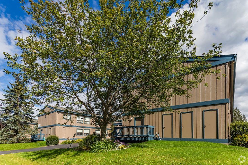 7211 Meadow St, Anchorage, AK 99507