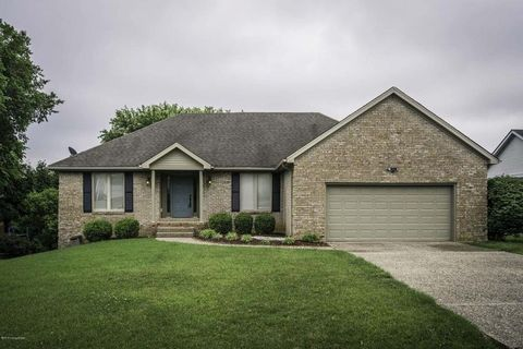 Photo of 12008 Valley Dr, Goshen, KY 40026