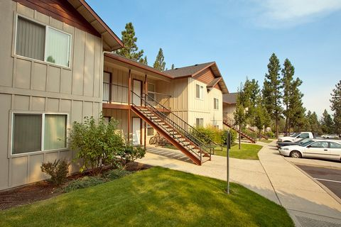 Photo of 2500 Nw Regency St, Bend, OR 97703