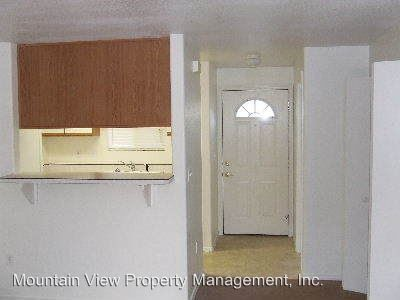 Photo of 2130 Sw Canyon Ave, Redmond, OR 97756