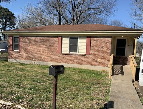 Photo of 708 Pace St, Gallatin, TN 37066