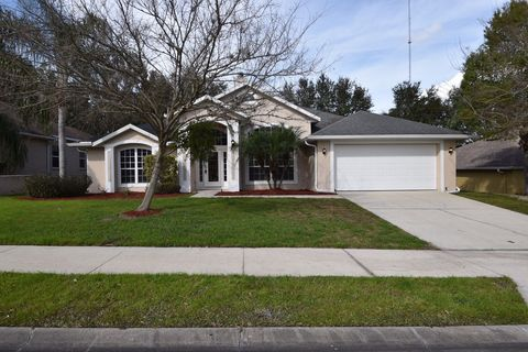 Photo of 621 Quail Lake Dr, Debary, FL 32713