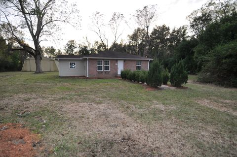 Photo of 34 Pecan Grove Rd, Picayune, MS 39466