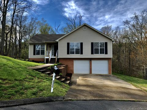 Photo of 6445 Vinings Ln, Ooltewah, TN 37363