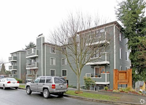 Photo of 9600 9th Ave Nw, Seattle, WA 98117