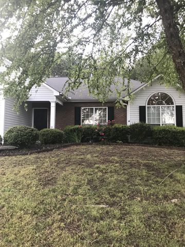 Photo of 12045 Red Ivy Ln, Fayetteville, GA 30215