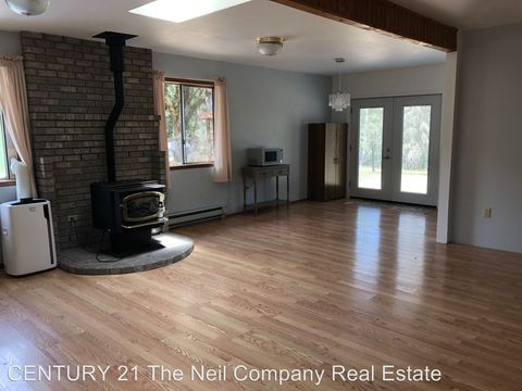 Photo of 965 Wildflower Ln, Oakland, OR 97462
