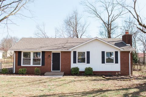 Photo of 108 Storybook Dr, Clarksville, TN 37042